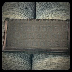 Fendi nylon wallet black full size wallet
